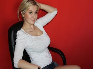 SweetKristina - Come here - I'm waiting for you.